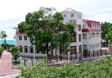 Риф отель