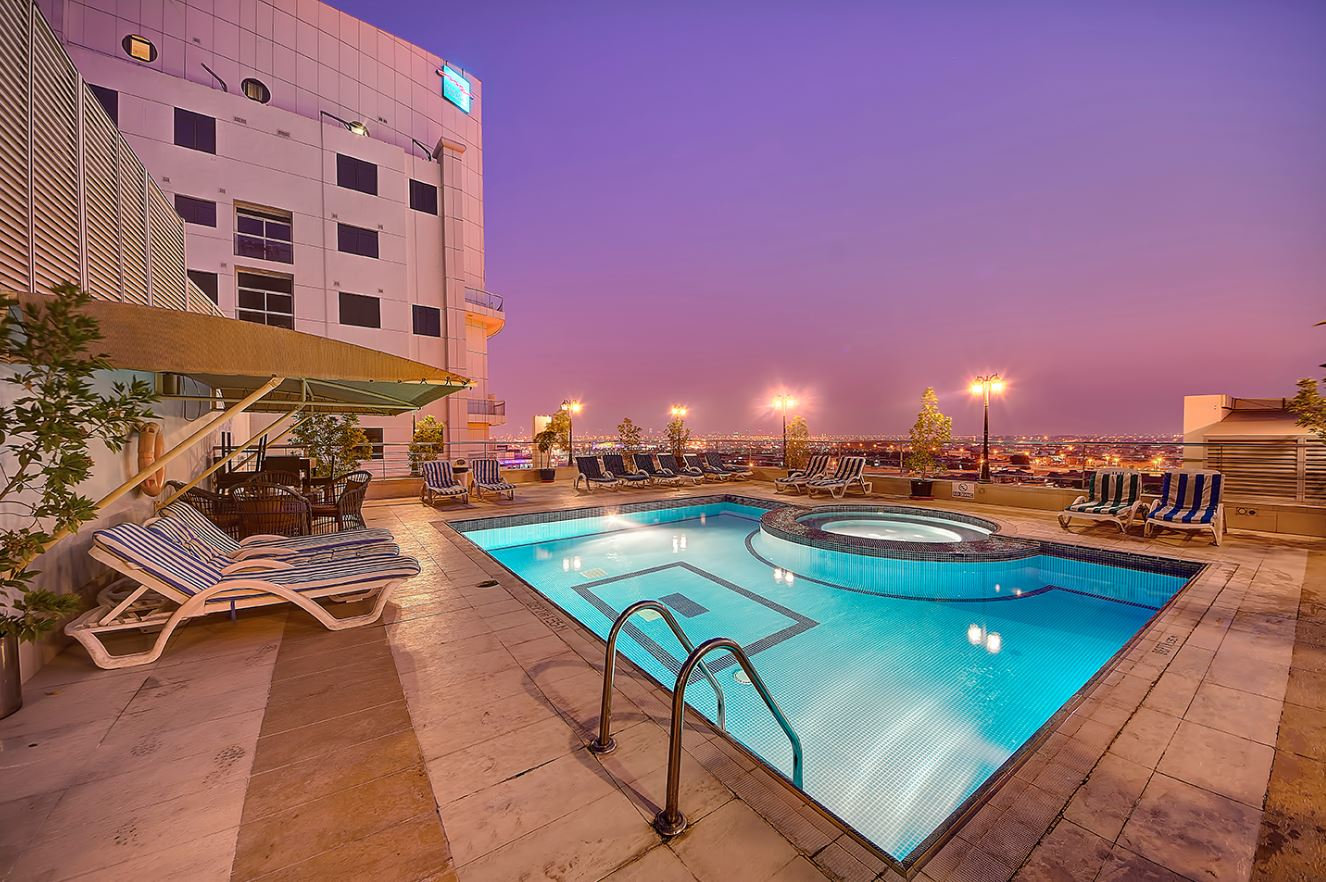 Grandeur hotel 4 оаэ дубай аль барша квартиры в хургаде цены