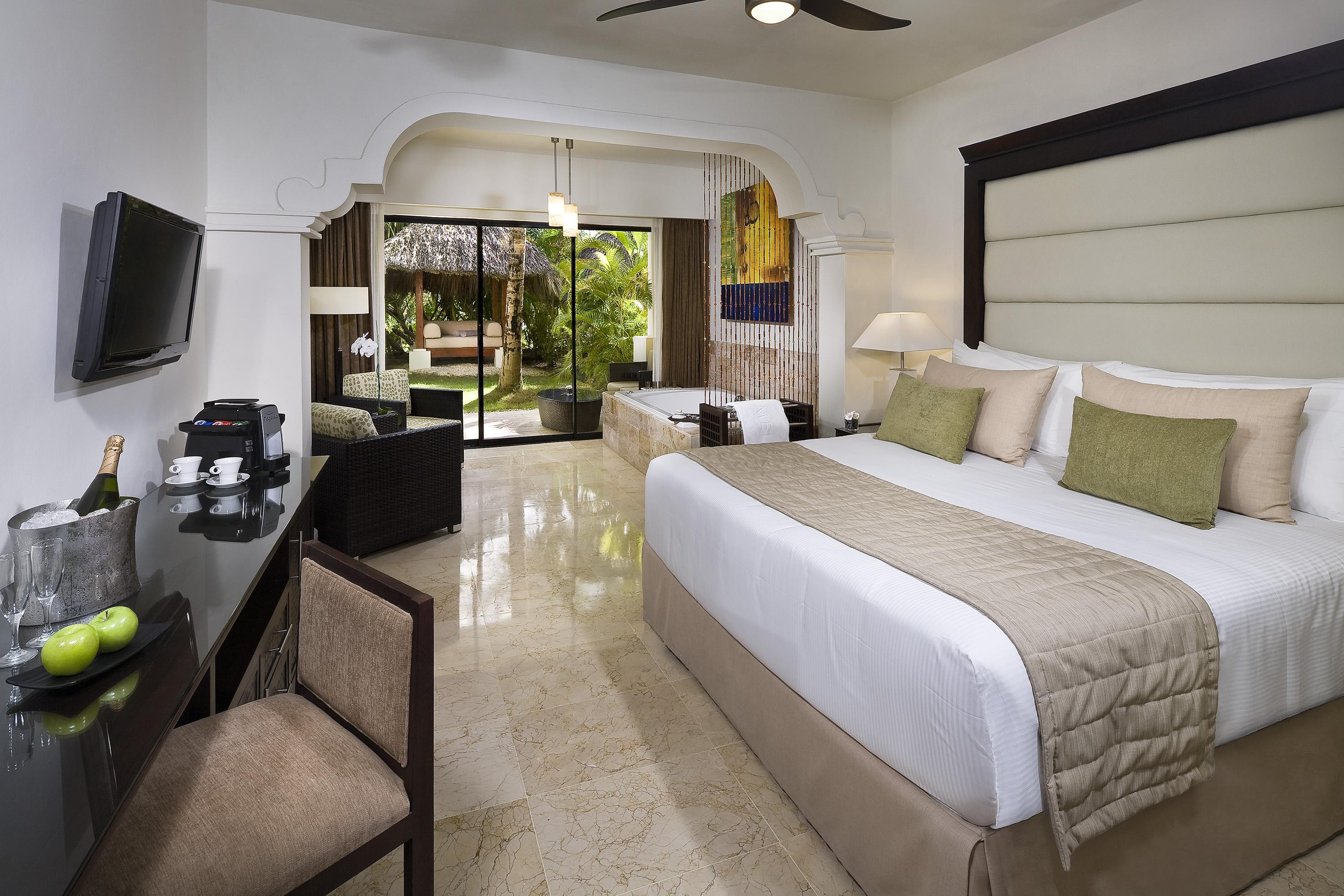 Melia Caribe Beach Resort 5 Dominikana Punta Kana Oteli Pegas Turistik